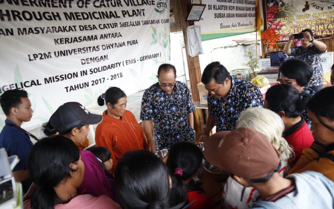 Undhira Dampingi Desa Catur Kintamani Kembangkan Potensi Herbal